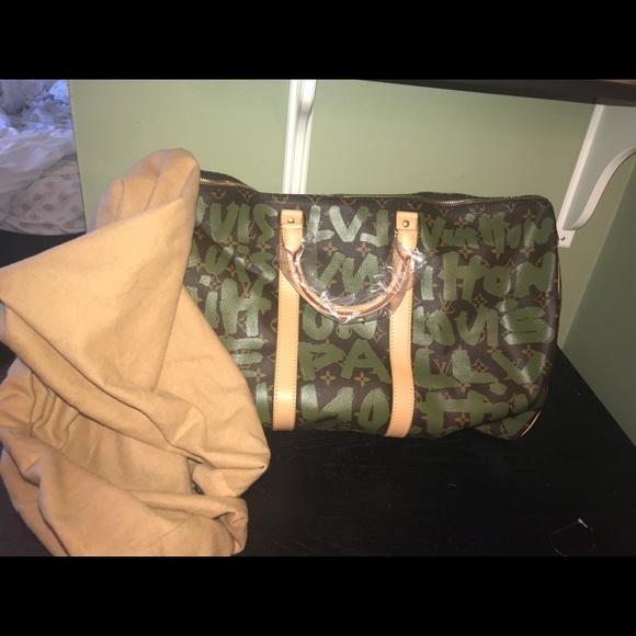 4503f8dbaf1b Louis Vuitton bundle